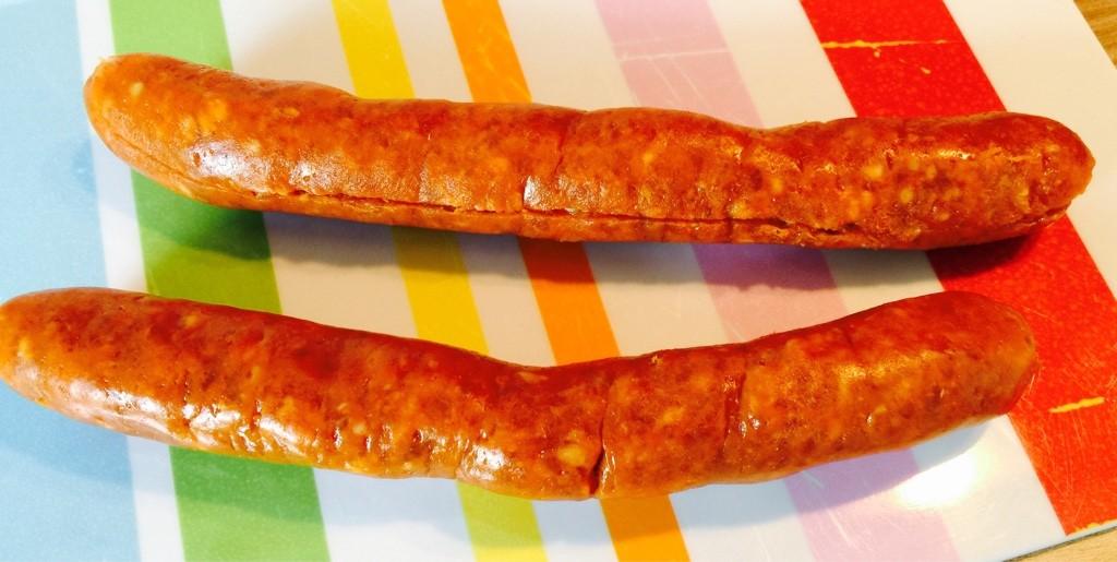 Chorizos schneiden und verarbeiten
