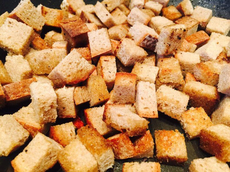 Brot anbraten für Soße